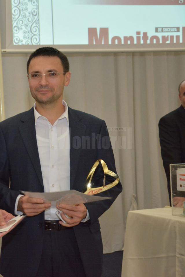 Judecătorul Marcel Nechita a fost premiat în ediţia din 2013 pentru gestul său de a oferi lunar o sumă de până la 2.000 de lei pentru patru elevi de liceu