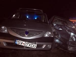 Cele două autoturisme implicate în accident