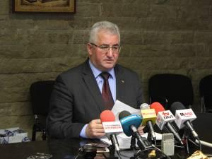 Primarul Ion Lungu şi-a prezentat realizările şi nerealizările din anul 2015
