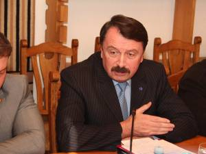Liderul grupului PNL din Consiliul Judeţean Suceava, Vasile Ilie, a criticat execuţia bugetului judeţului Suceava pe acest an