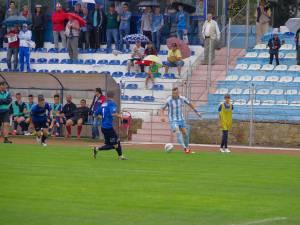 Alin Pădurariu este unul dintre cei 6 fotbalişti care s-au despărţit de gruparea Bucovina Pojorâta