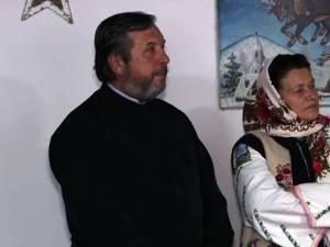 Familia Saftiuc Mioara şi Gheorghe, cei care au grijă de copiii din Dolhasca