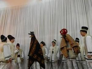Festivalul de datini şi obiceiuri de iarnă da la Cajvana