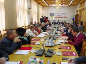 Plata contribuţiei primăriilor la Sistemul de Management Integrat al Deşeurilor (SMID) a reprezentat subiect de dispută între PNL şi PSD în ultima şedinţă a Consiliului Judeţean