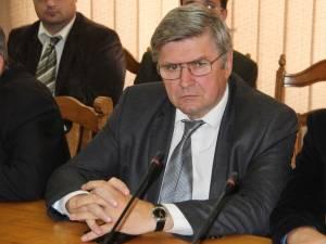 """Comisarul-şef adjunct Vasile Latiş: """"S-a verificat activitatea de prestări servicii în domeniul turismului, respectiv activitatea de cazare şi alimentaţie publică în restaurante"""""""