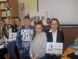 Elevii şcolii din Şcheia l-au omagiat pe Mihai Eminescu