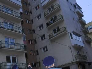 Vlad Odochia a căzut în gol de la etajul şapte al unui bloc din cartierul Obcini