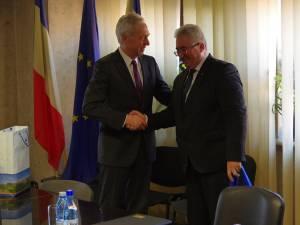 Excelenţa Sa Hans Klemm şi primarul Ion Lungu