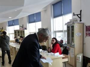 Rectorul Valentin Popa a votat în jurul orei 10