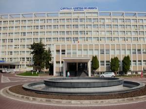 Băiatul este internat în secţia de terapie intensivă a Spitalul Judeţean din Suceava