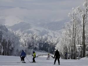 Cele două pârtii de schi din Gura Humorului vor fi deschise în acest weekend