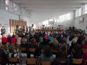 """Proiectul """"10 pentru folclor"""" a debutat la Şcoala Gimnazială Nr. 3 din Suceava"""