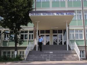 """Colegiul Naţional """"Petru Rareş"""" Suceava"""