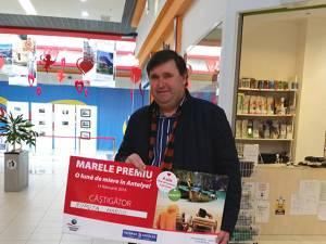 """Marele câștigător al campaniei """"Câştigă o lună de miere în Antalya!"""" este Marius Ropotă, din Dorohoi"""