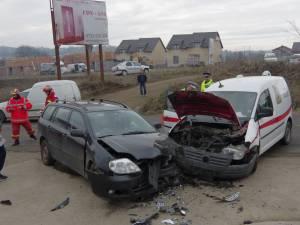 Accident cu patru răniţi, dintre care doi copii, între Suceava şi Ipoteşti