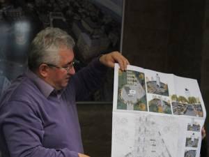 Primarul Ion Lungu a prezentat planul de modernizare a platoului Cetăţii de Scaun, cu tot cu statuia ecvestra a lui Ştefan cel Mare