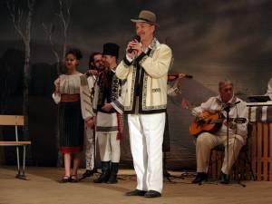 Solistul Anton Achiţei, unul dintre marii rapsozi de valoare ai cântecului popular românesc