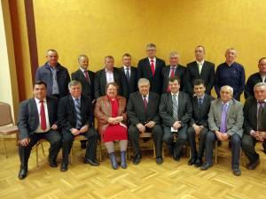 Gavril Mîrza şi Virginel Iordache alături de 15 candidaţi pentru primar din localităţile colegiului