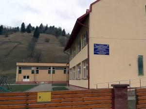 Şcoala din Poiana Micului