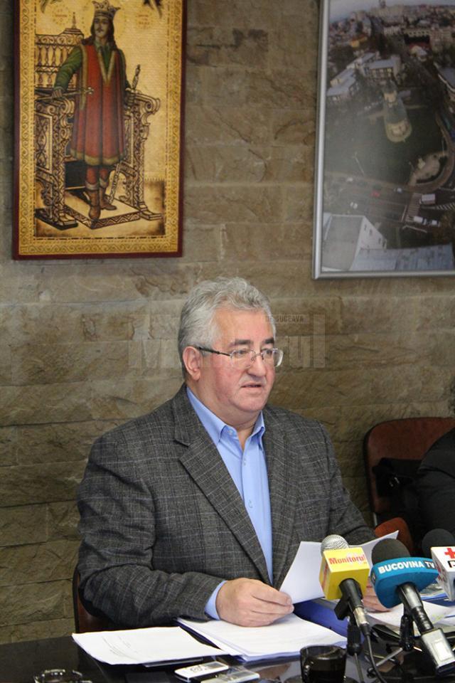 Ion Lungu a precizat  că primăria nu poate cumpăra centrale de apartament pentru suceveni şi că municipalitatea are posibilitatea doar să dea subvenţii sau să finanţeze modernizarea reţelei de termoficare
