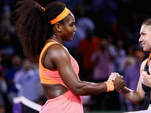 Simona Halep a fost felicitată de Serena Williams