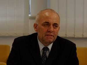 """Managerul spitalului, Vasile Rîmbu: """"Nu există nici o legătură între spital şi moartea copiilor"""""""