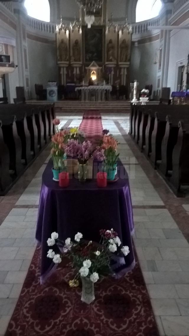 "Biserica Romano-Catolică ""Sfântul Ioan Nepomuk"" Suceava"
