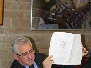 Primarul Ion Lungu a prezentat ieri cele zece locaţii propuse pentru amenajarea parcărilor supraterane