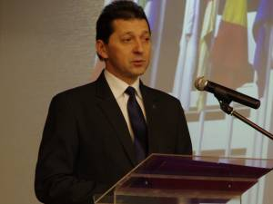 Conferenţiarul Liviu Popescu a fost reales preşedinte al Senatului USV