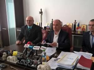 """ALDE a semnat protocoale de colaborare la alegerile locale cu Asociaţia Crescătorilor de Animale """"Plaiul Bucovinei"""" şi Casa de Ajutor Reciproc Suceava"""
