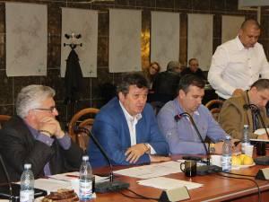 Anunţul lui Vasile Mocanu a stârnit hohote de râs incontrolabile în rândul consilierilor locali