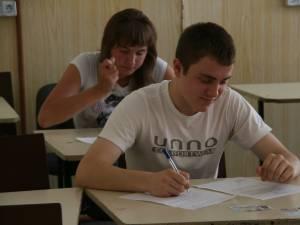 Opt elevi suceveni s-au calificat la Olimpiada Naţională de Astronomie şi Astrofizică