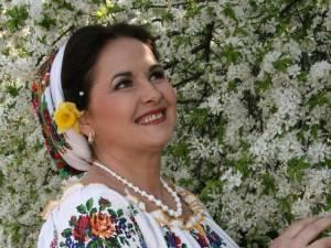 Margareta Clipa, ambasadoarea cântecului bucovinean, în Spania