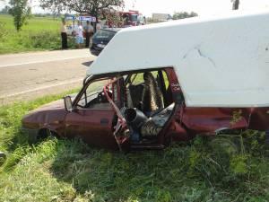 Dacia a fost lovită violent din spate de autoturismul Audi A6
