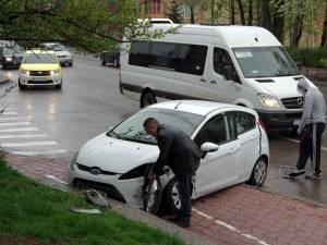 Autoturismul Ford a fost cel mai avariat în urma accidentului