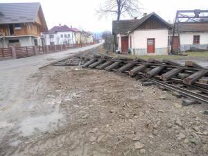 Calea ferată îngustă nou construită, demontată peste noapte