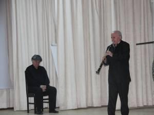 Actorul Ion Caramitru şi muzicianul Aurelian-Octav Popa