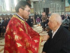 Alexandru Tanase,  veteran de război şi fost primar la Mitocu Dragomirnei, două mandate înainte de Revoluţie şi două în anii 1990