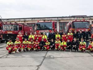 """Elevi de la Colegiul """"Andronic Motrescu"""" din Rădăuţi, în vizită la Baza de Pregătire a pompierilor de la Siret"""
