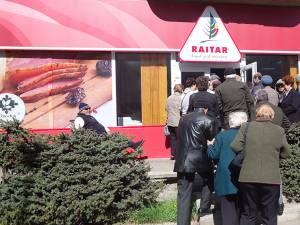 Inaugurarea magazinului Raitar din Fălticeni