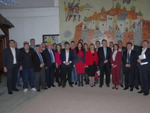 Cătălin Nechifor şi candidaţii PSD pentru Consiliul Judeţean Suceava
