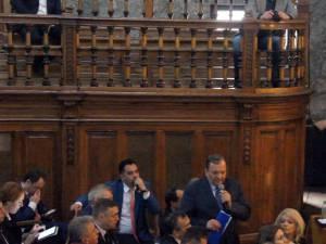 Flutur a participat la întâlnirea premierului Cioloş cu autorităţile din judeţele Moldovei