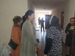 Bătrânele au primit medicamente din partea femeilor din PSD Suceava