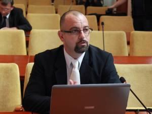 Leon Postolache, directorul executiv al Direcţiei Sanitar Veterinare şi pentru Siguranţa Alimentelor (DSVSA) Suceava