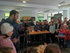 Lucrări în ceramică realizate de şcolari şi preşcolari, expuse la Centrul pentru Păstrarea Tradițiilor Bucovinene