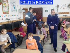Având în vedere problematica minorilor dispăruţi, poliţiştii suceveni au organizat, în perioada 16-25 mai, mai multe acţiuni de informare şi responsabilizare printre tineri