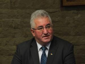 Ion Lungu a precizat că şi în prezent sunt acordate facilităţi la transportul în comun pentru mai multe categorii de persoane