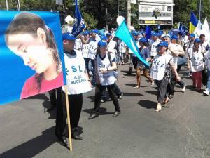 Aproape 200 de profesori din judeţ au protestat ieri la Bucureşti