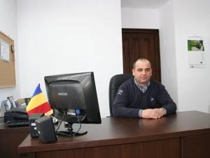 Dan Chidoveţ, primarul din Dărmăneşti şi candidat pentru un nou mandat din partea PNL