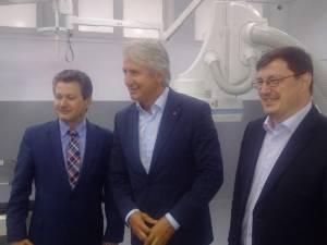 Tiberius Brădăţan împreună cu foştii miniştri Eugen Teodorovici (centru) şi Mihnea Costoiu (stânga)